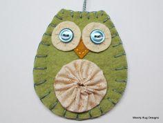 Owl Ornament, Wool Felt, Ivory Yo Yo, Blue Buttons