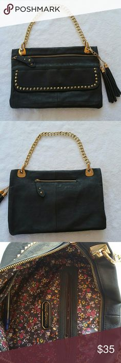 Urban Expression purse 100% Vegan bag from Urban Expression.  Charcoal Grey with gold chain and studs. Little sings of ware on chain connection  Otherwise excellent condition Urban Expressions Bags
