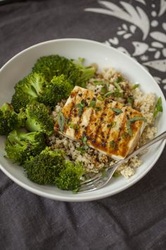 Produce On Parade - Easy Grilled Teriyaki Tofu w/ Quinoa & Broccoli - This is an incredibly easy and quick meal that is simple enough for a busy weeknight after a long day at work. Super healthy, this dish emphasizes plant-based protein, whole grains, and getting some greens in! Teriyaki sauce adapted from food.com.