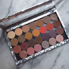 Thanks for sharing your Makeup Geek collection with us @ssgarza. It's fab!