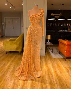 Find the perfect gown with Pageant Planet! Browse all of our beautiful prom and pageant gowns in our dress gallery. There's something for everyone, we even have plus size gowns! Elegant Prom Dresses, Glam Dresses, Event Dresses, Pretty Dresses, Sexy Dresses, Fashion Dresses, Elegant Evening Gowns, Sparkly Dresses, Amazing Dresses