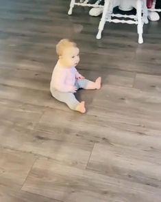 Cute Funny Baby Videos, Crazy Funny Videos, Cute Funny Babies, Funny Videos For Kids, Cute Baby Pictures, Funny Animal Videos, Funny Kids, Funny Cute, Cute Kids