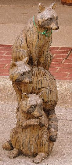 Not usually a fan of chainsaw carving, but this I like.