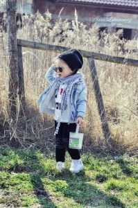 I love mama allegro, baby girl, beanie, black, casual, denim, denim co, girl, glasses, h&m, jackets, jeans, leggings, second hand, sneakers, spring, walk, white