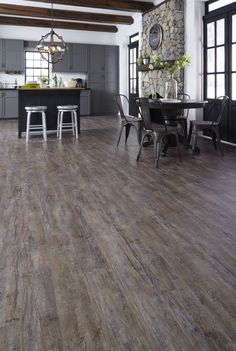 A Perfect Blend Of Cosmopolitan Charisma Amp Rustic Style
