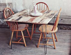 Rustic DIY Shipping Pallet Dining Table Design Ideas with Iron Foot