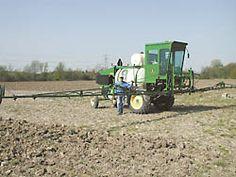 FARM SHOW - Self-Propelled Sprayer Built From Deere Combine