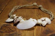 Collane con le conchiglie - Collana con la corda e le conchiglie