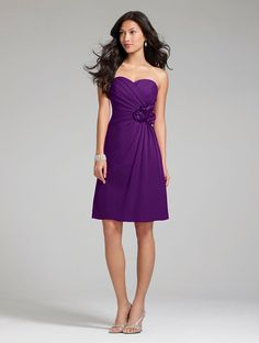 love this Bridesmaid dress!!!Alfred Angelo Bridesmaid Dress - Style 7180S in Grape - cute!