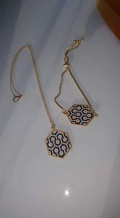 Beaded Rings, Beaded Jewelry, Handmade Jewelry, Beaded Bracelets, Beading Tutorials, Beading Patterns, Jewelry Design Earrings, Peyote Beading, Bijoux Diy