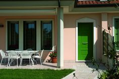 Green Evolution door by Oikos Venezia.  www.oikos.it