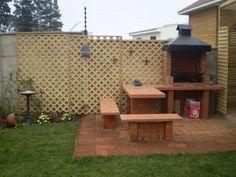 quinchos modernos pequeños - Buscar con Google Outdoor Grill Space, Outdoor Fire, Fire Pit Bbq, Fire Pit Backyard, Diy Outdoor Furniture, Outdoor Decor, Brick Grill, Outdoor Refrigerator, Barbecue Design