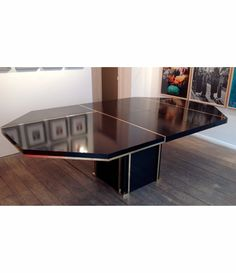 A Black Mahey Dining Table Retro Furniture, Antique Furniture, Mid Century Furniture, Tables, Dining Table, Black, Mesas, Black People, Dinner Table