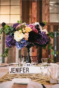 street sign table number | CHECK OUT MORE IDEAS AT WEDDINGPINS.NET | #wedding