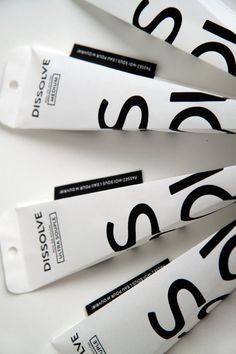 toothbrush water soluble packaging: by Simon Laliberté, big graphic use of letter forms. Cool Packaging, Tea Packaging, Cosmetic Packaging, Beauty Packaging, Brand Packaging, Product Packaging, Packaging Ideas, Branding, Brand Identity