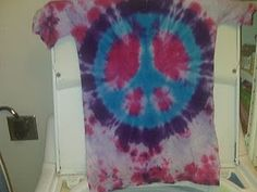 Tie Dye Peace Sign Tute - may be trying this later...