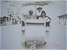 1929 PHOTOGRAPH ATLANTIC CITY NEW JERSEY COUPLE - ROLLING CHAIR
