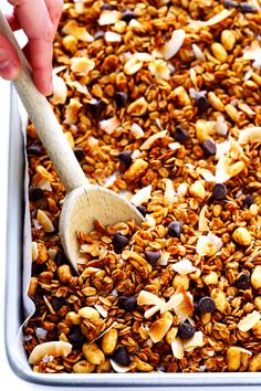 My favorite homemade peanut butter granola recipe!  It's quick and easy to make, it's naturally sweetened with honey, and it's ridiculously, irresistibly, completely delicious.  Feel free to add in chocolate chips if you'd like! Ever since our wedding day, this handsome husband of mine has been waking up a few minutes early each morning to brew us up …