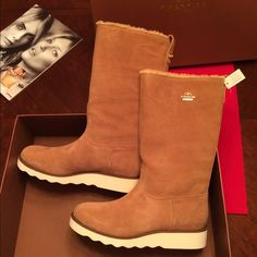 COACH WINTER BOOTS⚜SIZE 8 Gorgeous winter boots from Coach. New with tags attached. Comes with care card and original box. Authentic Coach✅. ❌no trade❌ Coach Shoes Winter & Rain Boots