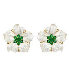 "1stdibs   SEAMAN SCHEPPS Rock Crystal & Emerald ""Clematis Flower"" Earclips (United States, 21st century)"