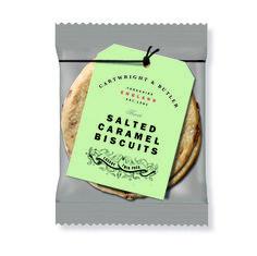 Duo Verpakking Koekjes van Cartwright & Butler  De lekkerste Engelse koekjes zijn nu ook verkrijgbaar in een duo verpakking. Perfect voor in een leuk cadeautje of in het kerstpakket of gewoon lekker bij een kopje thee of koffie. #Kerst https://www.bommelsconserven.nl/delicatessen/zoetwaren_bestellen/ambachtelijke_koekjes_online_kopen_bij_bommels_conserven/cartwright_and_butler/