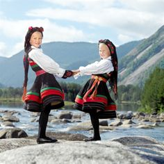 Female bunad from Setesdal kids