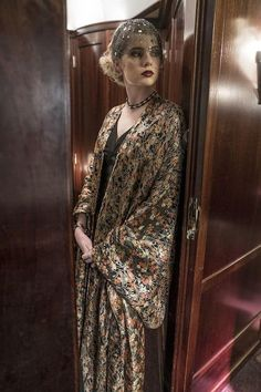 Lucy Boynton as Countess Elena Andrenyi in Murder on the Orient Express 2017-inspiration for Mathilde's outfit for Solange's engagement party