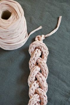 Learn how to crochet an i-Cord and make this cool necklace.