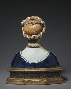 Italy, Tuscany, 16th century, tin-glazed earthenware (maiolica), Overall: 37.8 x 34.9 cm (14 7/8 x 13 11/16 in). Gift of S. Livingstone Mather, Constance Mather Bishop, Philip R. Mather, Katherine Hoyt Cross, and Katherine Mather McLean in accordance with the wishes of Samuel Mather 1940.344