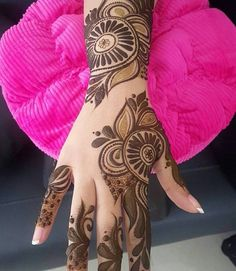 Shaded Mehndi Designs: everybody best design and latest mehndi design on her hand, that time she searches for a latest pattern in mehndi and then reaches to my site. you too can check it. Peacock Mehndi Designs, Simple Arabic Mehndi Designs, Mehndi Designs For Girls, Mehndi Designs For Beginners, Modern Mehndi Designs, Mehndi Design Pictures, Henna Designs Easy, Beautiful Henna Designs, Latest Mehndi Designs