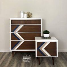 It's #mcmmonday and it's starting with a bang! This handsome dresser and night stand by @katenbarrel is available at…