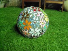 Ball in bloom