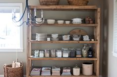 keep it simple, keep it fresh: revamped gluten free pantry list *Kat says: mostly I'm pinning this because the shelf is pretty. :) But you gluten-free peeps, this is good info. Pantry Shelving, Pantry Storage, Pantry Organization, Kitchen Shelves, Open Shelving, Organized Pantry, Shelving Ideas, Kitchen Storage, Organizing