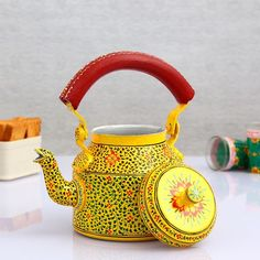 Diy Home Decor Projects, Diy Home Crafts, Painted Pots, Hand Painted, Cute Backpacks For School, Christmas Gifts For Parents, Kitchen Containers, Truck Art, Art N Craft