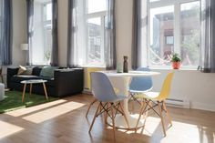 Apartment on Rue de la Visitation 103 Montreal Set 700 metres from University of Quebec in Montreal UQAM in Montr?al, this air-conditioned apartment features free WiFi. The apartment is 1.3 km from Place Jacques Cartier.