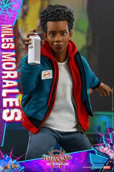 Hot Toys scale Miles Morales [Spider-Man: Into the Spider-Verse] Marvel Legends, Hot Toys Spiderman, Red And Black Spider, Miles Morales Spiderman, Wonder Woman Comic, Man Movies, Spider Verse, Figure Model, Geek Culture