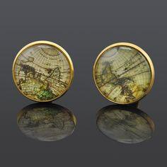 Men Retro Silver Gold World Map Cuff Button     FREE Shipping Worldwide     http://fashjewels.de/fashion-shirt-wedding-cuff-links-for-mens-silver-gold-retro-world-map-cuff-buttons-jewelry/
