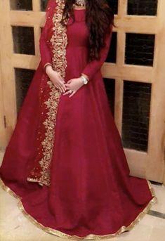 Pakistani Dresses Party, Beautiful Pakistani Dresses, Nikkah Dress, Shadi Dresses, Pakistani Fashion Party Wear, Beautiful Red Dresses, Pakistani Wedding Outfits, Pakistani Dress Design, Pakistani Bridal