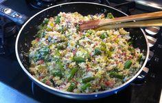 Revuelto variado con arroz de konjac perfecto para una cena ligera o para llevar a la oficina. Lo puedes comer frío o templado.