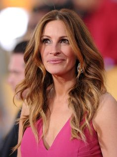 Julia Roberts Photos Photos - 20th Annual Screen Actors Guild Awards..Shrine Auditorium, Los Angeles, CA..January 18, 2014..Job: 140118A1..(Photo by Axelle Woussen/Bauer-Griffin)..Pictured: Julia Roberts. - 20th Annual Screen Actors Guild Awards