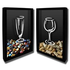 Guarde as rolhas de seus vinhos preferidos e das cervejas especias em um lugar especial que servirá de decoração nos mais diversos ambientes. <br> <br>Este quadro é feito com moldura de reflorestamento tratada, sendo a parte traseira removível para facilitar a manutenção e troca das rolhas ou tampinhas, se desejar. <br>Para inserir as rolhas o acesso é feito na parte superior da moldura. <br>Os materiais são de primeira qualidade o que torna uma peça ideal para decoração de sua casa ou para…