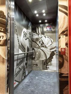 Innen- und Aussengestaltung Lifte, Tissot Arena, Schildler AG