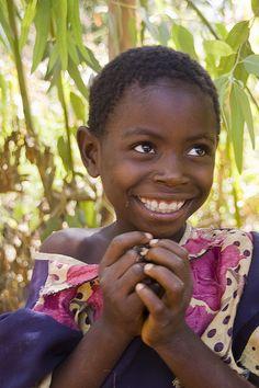 tribal-beauty:    Smiling Thoughts by Izla Kaya Bardavid on Flickr.    *Malawi*