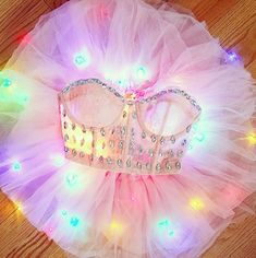 Glowing with actual LED lights, um yes must try! Rave Festival Outfits, Edm Festival, Festival Looks, Festival Wear, Sweet 16 Outfits, Glow In Dark Party, Rave Music, Rave Gear, Rave Costumes