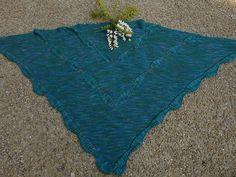 Material: Für dieses Tuch kann beliebiges Garn verwendet werden Verbrauch ca. 800 m, je nach Größe auch mehr Nach Belieben können in die Blattmitte Perlen eingestrickt werden Nadelstärke passend zu...