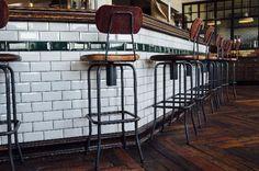 Barhocker für Hamburger Cafe