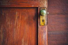 Inspirational ideas and expert advice from Bob Vila, the most trusted name in home improvement, home renovation, home repair, and DIY. Antique Brass Door Knobs, Antique Door Knobs, Antique Doors, How To Antique Wood, Old Wood Doors, Wood Front Doors, Wooden Doors, Front Door Handles, Brass Door Handles
