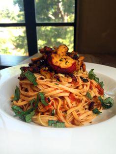 Vegan Pasta with Heirloom Tomato Sauce & Lobster Mushroom Lobster Mushroom, Mushroom Pasta, Mushroom Recipes, Pasta With Heirloom Tomatoes, Vegetarian Recipes, Healthy Recipes, Healthy Foods, Vegan Pasta, Vegan Food