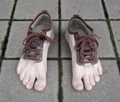 fc4720e7d8 99 mejores imágenes de COSAS RARAS   Slippers, Loafers & slip ons y ...