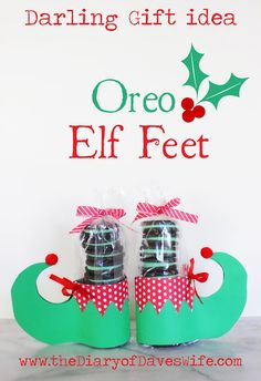 Oreo Elf Feet with Free Printable Pattern Edible Neighbor Gifts (teachers, friends, and loved ones) Noel Christmas, Christmas Goodies, Homemade Christmas, Winter Christmas, Christmas Neighbor, Christmas Ideas, Homemade Gifts, Diy Gifts, Homemade Food